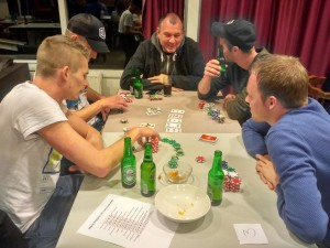 pokeravond Achilles 1 april 2017.jpg