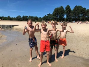Kamp 2019, maandag 22 juli, strand 3.jpg
