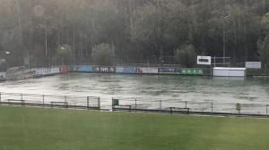 Kunstgras regen wateroverlast.jpg